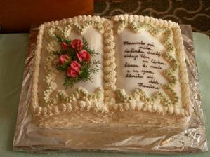 Dort Otevřená kniha - tento věnovala nevěsta mamince ženicha
