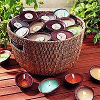 Svicny z pulek kokosu.