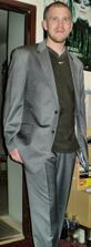 drahého oblek. ešte košelu a kravatku a bude to dokonalé ;)