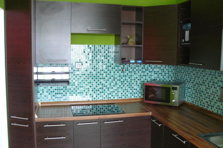 Kuchyňa .. ako to zatiaľ vyzerá - kuchynská linka je už komplet hotová :))