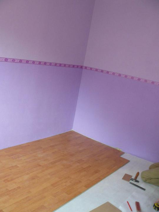Spáleň .... maľovanie, podlaha + ako skladali spáňovú zostavu - Obrázok č. 11