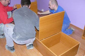 skladáme nadstavbu nad posteľ