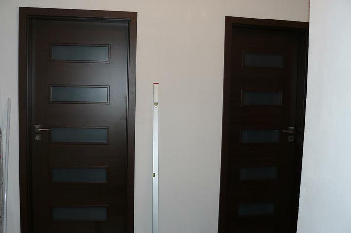 Interiérové dvere - Vľavo detská izba a vpravo spálňa