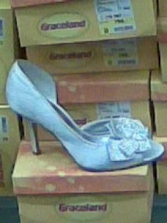 21. jún 2008 sa blíži - a tieto krásne topánočky
