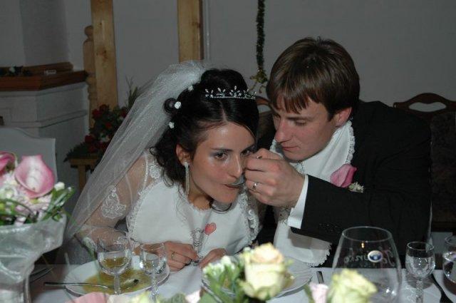 Katarina Bilkova{{_AND_}}Anton Brngal - papanie polievocky u Korca - Prievidza