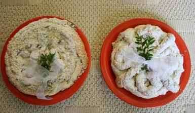 koláče pro nevěstu a ženicha, pro nás milé překvapení