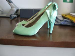 botičky jsou doma a přesně podle mých představ :)