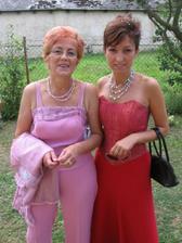 mamka a sestra môjho milého, druhá sestra niekam zmizla