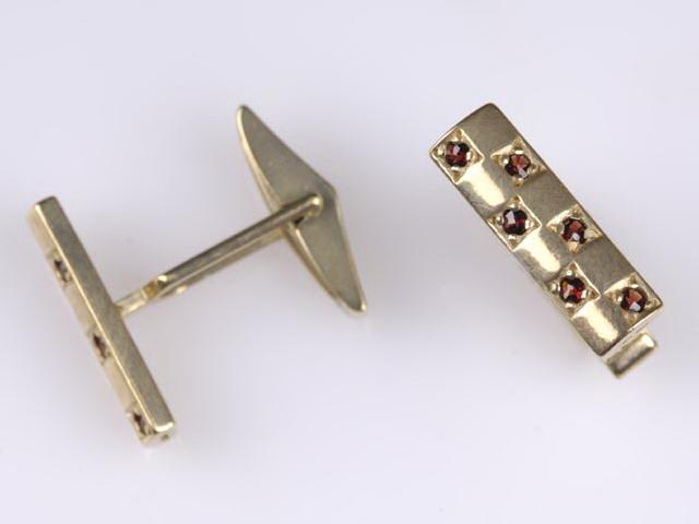 Co se nám líbí, co chceme a co mít budeme :-) - Manžetové knoflíčky pro ženicha - originál český granát