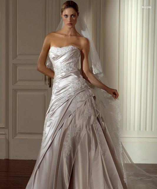 Pred svadbou... - moje satocky.....:-)