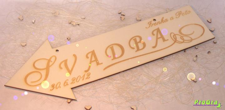 """Detaily pre Váš svadobný deň - na požiadanie vložíme na šípku meno a dátum Vášho dňa """"D"""", príp. otvory - aby sa šípka dala zavesiť"""
