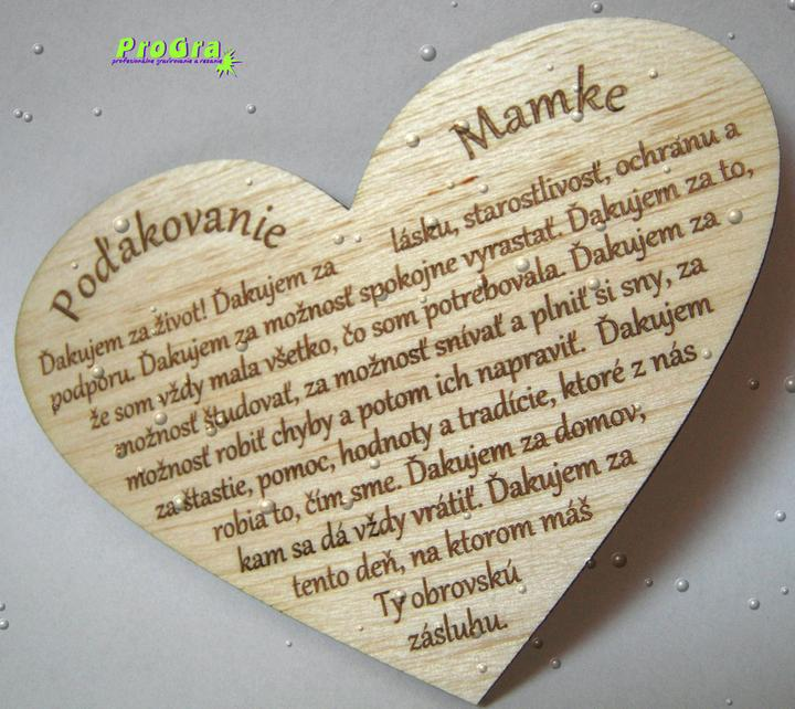 Poďakovanie rodičom - malé srdiečko vyrobené z drevenej dyhy