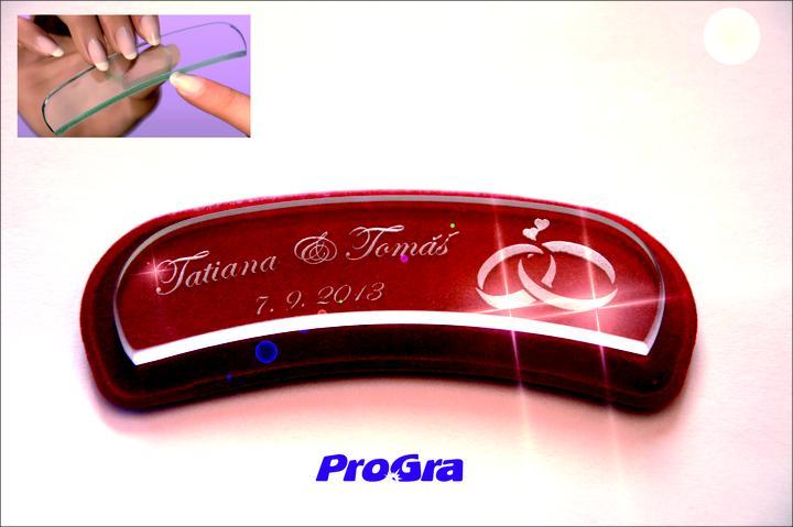 Detaily pre Váš svadobný deň - Gravírovaný sklenený ergonomický pilníček na nechty - grafika môže byť aj podľa Vašich predstáv