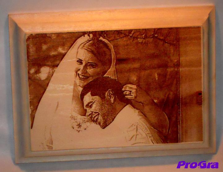 Po svadbičke - Vaša obľúbená svadobná fotka môže byť vyhotovená aj trošku netradične - na drevenej doštičke