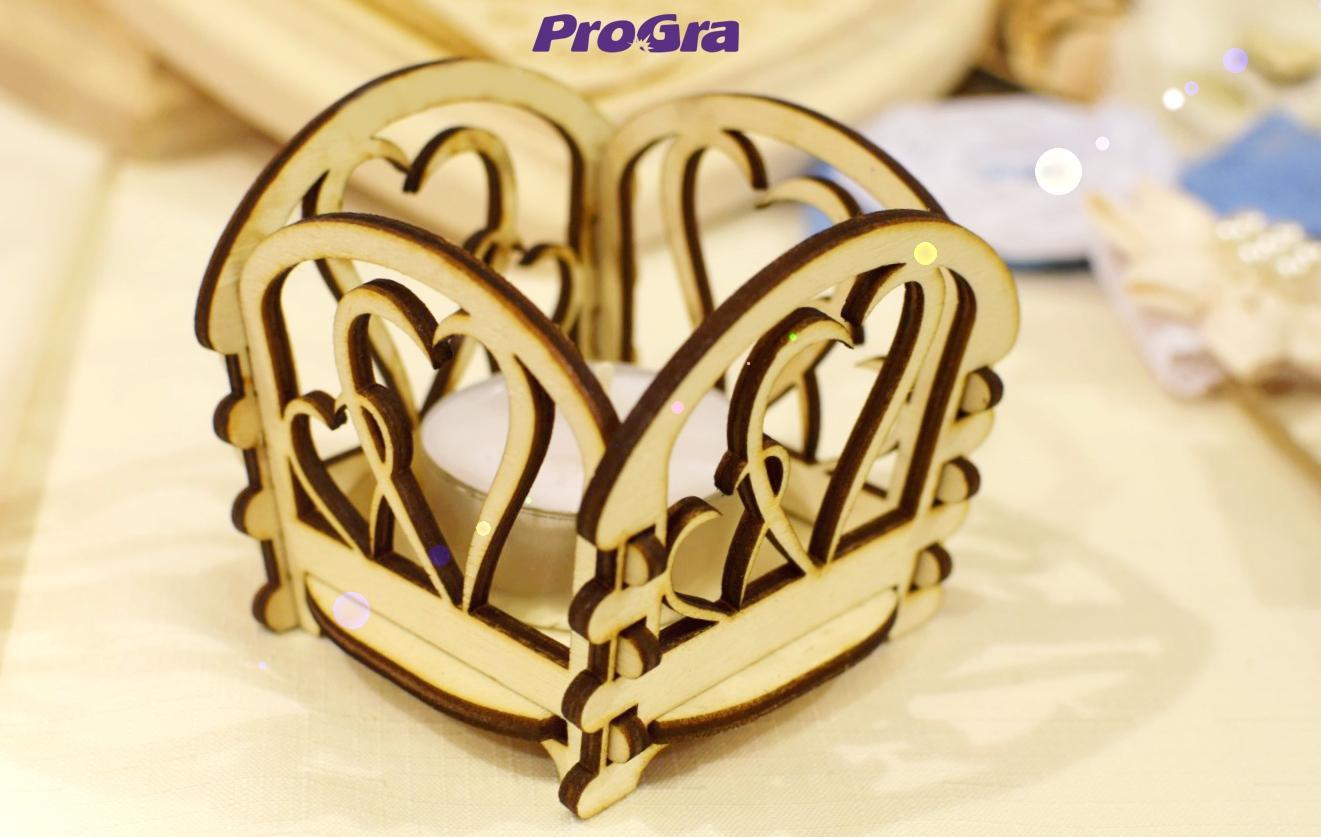 Detaily pre Váš svadobný deň - Srdiečkový - drevený svietniček - vytvorí čarovnú atmosféru - nielen na svadbe