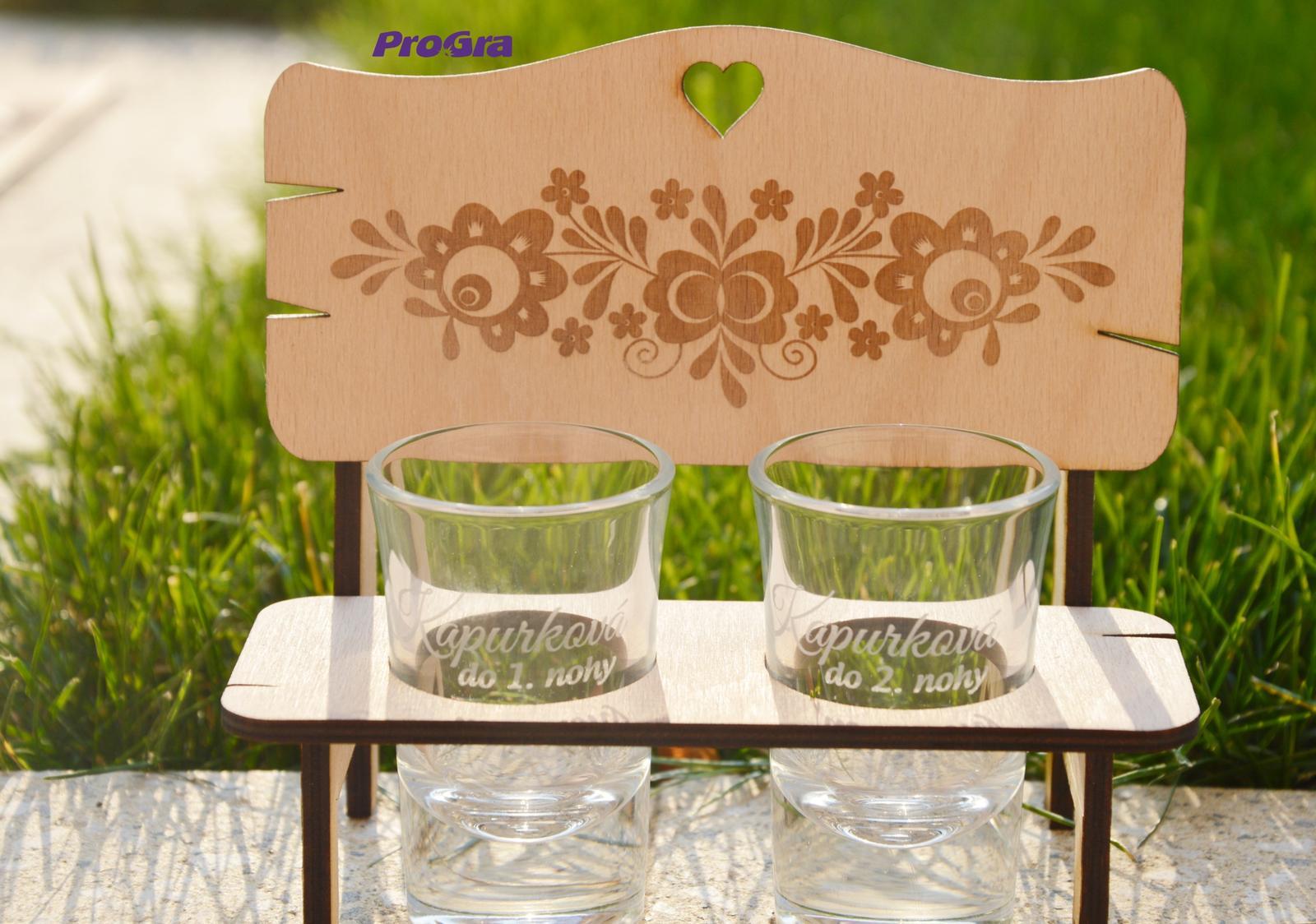 Po svadbičke - Lavička so štamprlíkmi - gravírujeme aj personalizovane