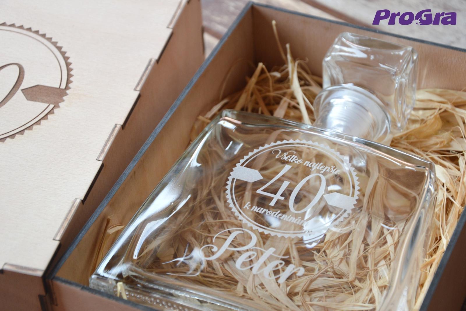 Darčekový set - fľaša JIM v drevenej krabičke - Obrázok č. 3
