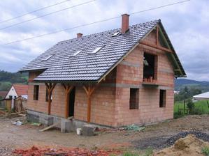 tak a střecha je hotová