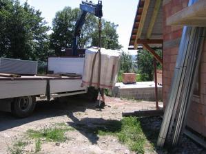 návoz materiálu na sádrokartonové podhledy