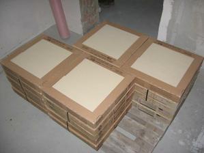 materiál na dlažbu - obývací pokoj, kuchyň, jídelna, chodba - už abych po tom dupkal :-)