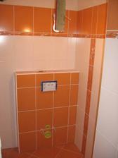 zaspárovaná spodní koupelna