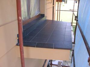 zaspárovaný balkon