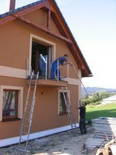 montáž zábradlí na balkoně