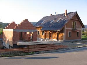 navezený materiál na krov