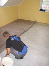 pokládka podlahy v pokoji