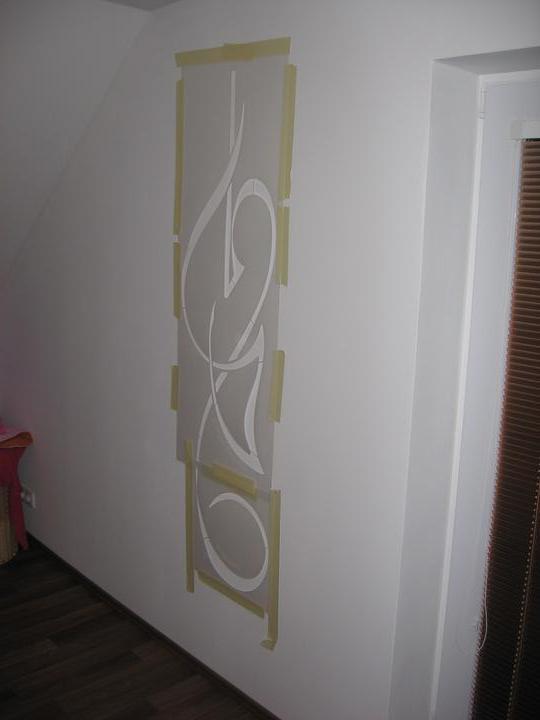 Stavba domečku + bydlíme - příprava šablony v ložnici