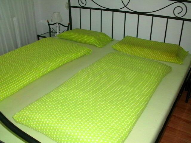 Kvalitná hrubá froté dvojpachta na manž.posteľ - Obrázok č. 1