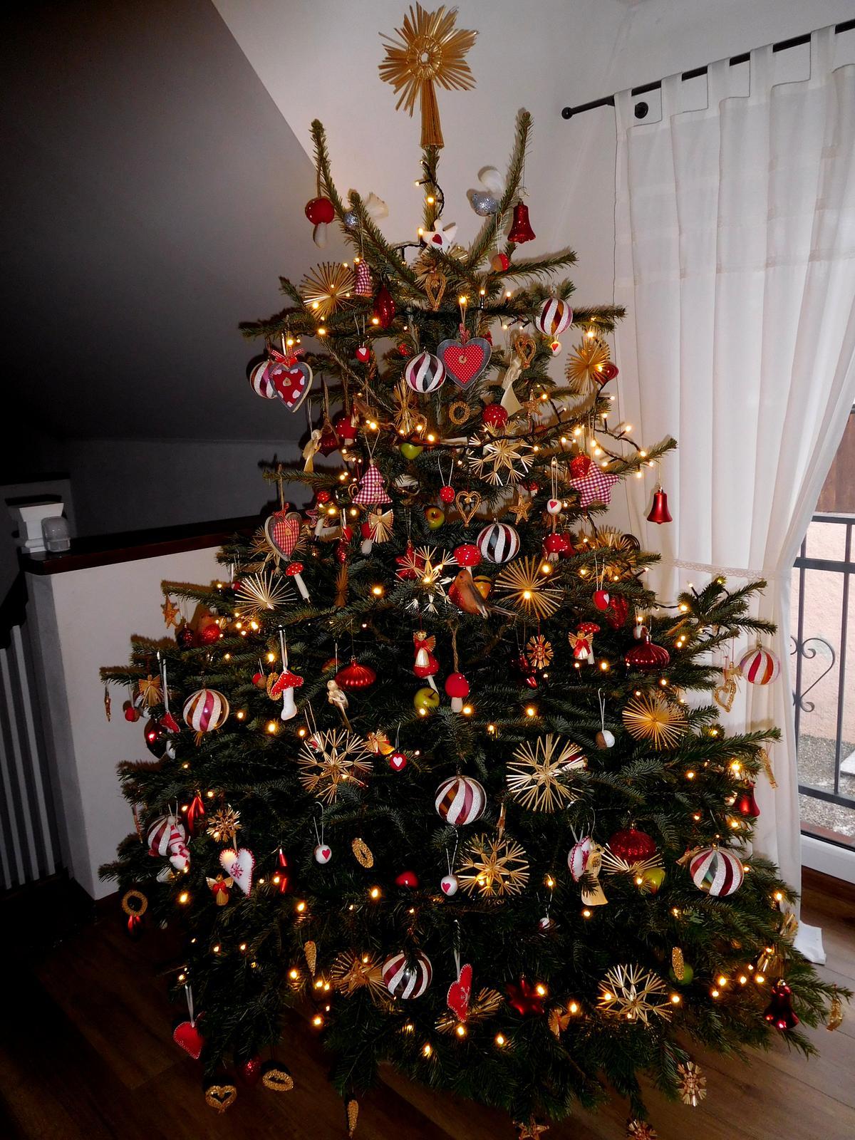 70 ks  kvalitné vianočné osvetlenie-žiarovky - Obrázok č. 1
