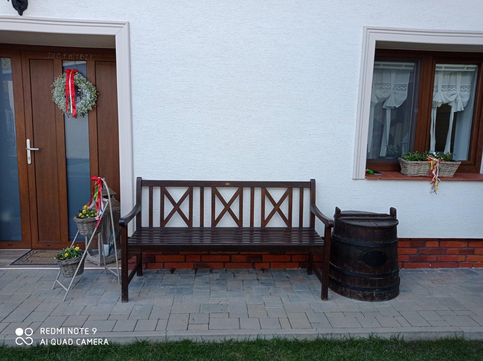 Kvalitná drevená lavička - lavica pre 3 osoby  super - Obrázok č. 2