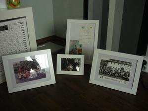 Společné fotky už od školky (rok 1988 :)) a pak fotka a pohled z léta 1998 :)