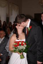 První manželský polibek...konečně:-) Juchuuuu!!