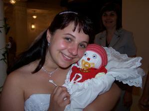 Naše první miminko...přinesl nám ho čáp přímo v den svatby.