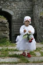 naše malá princeznička, která si tu svatbu užila fakt hodně!!!!!!