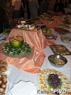 Zaciname... 14.6.2008 - Budu i svedske stoly...