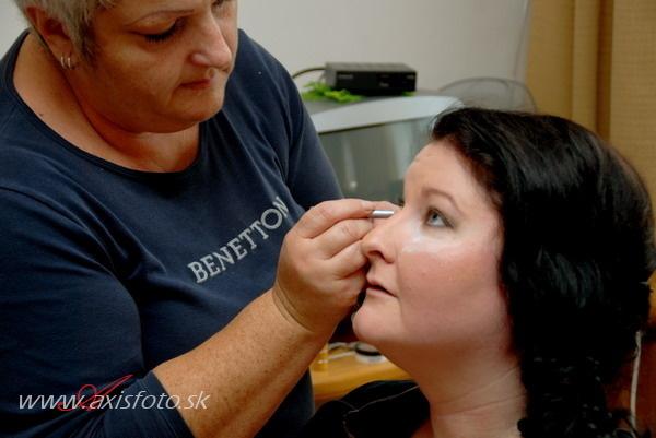 Saska{{_AND_}}Ondrej - Katka, professionalna vizazistka MOOOOC DOPORUCUJEM! Vlasy, make-up, obliekanie - VELKE DAKUJEM!!!