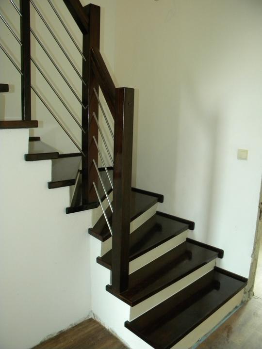 Drevene schody a zabradlia - Obrázok č. 5