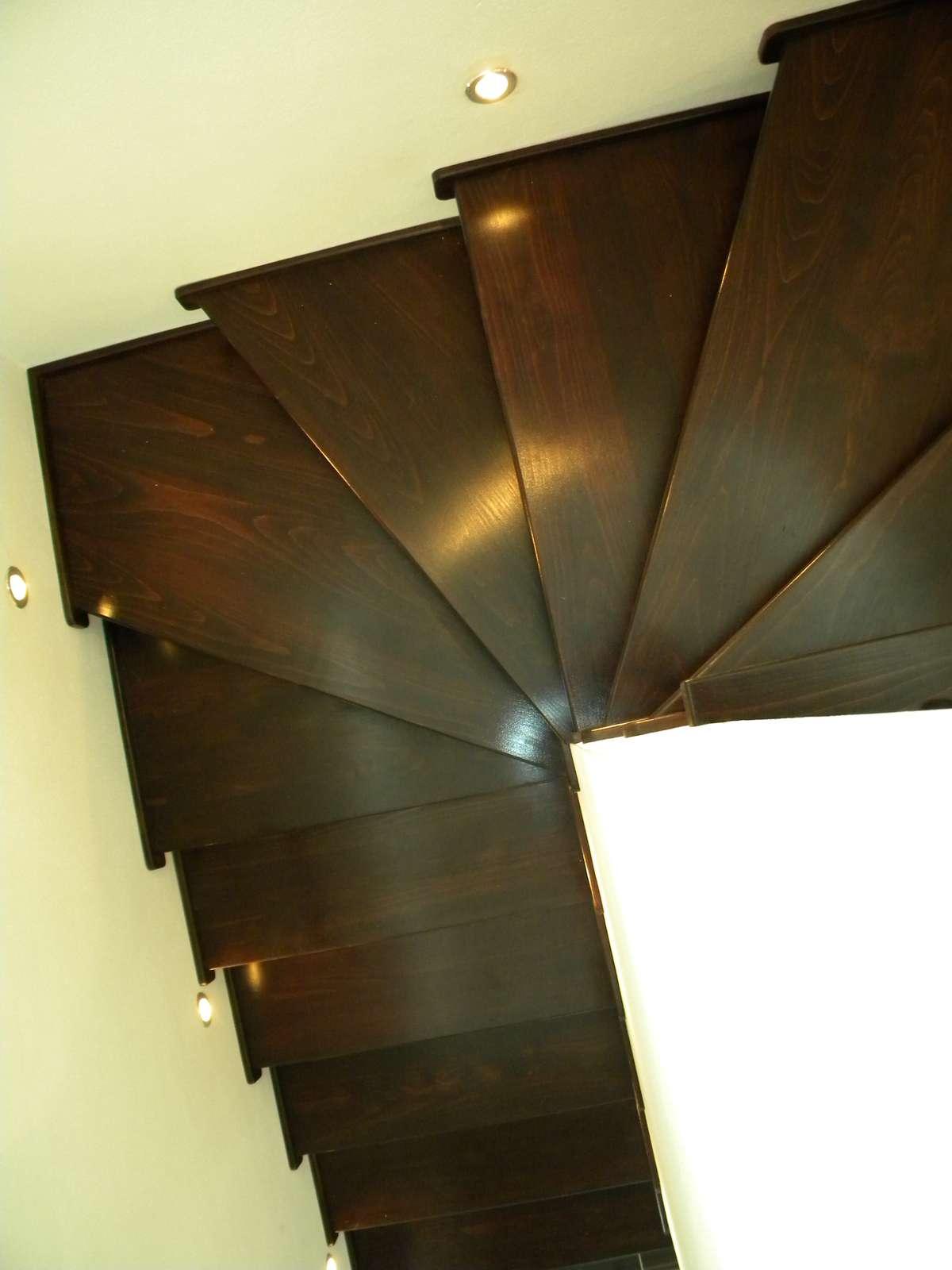 Drevené schody - Obrázok č. 2
