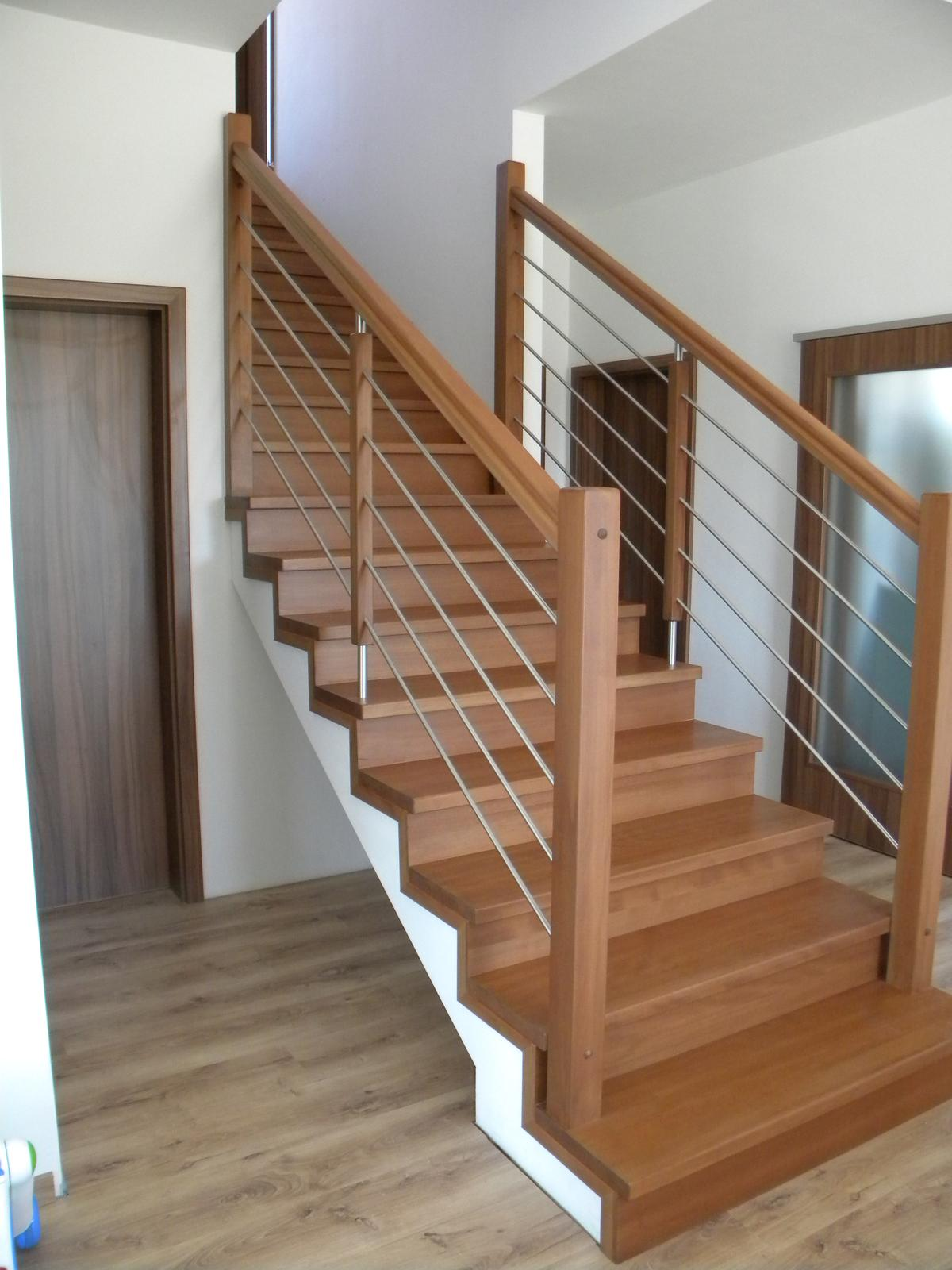 drevene schody a zabradlia - Obrázok č. 4