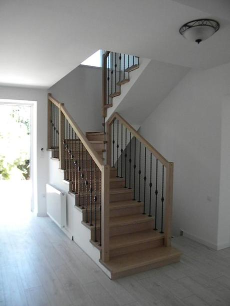 Drevené schody a zábradlia - Obrázok č. 1