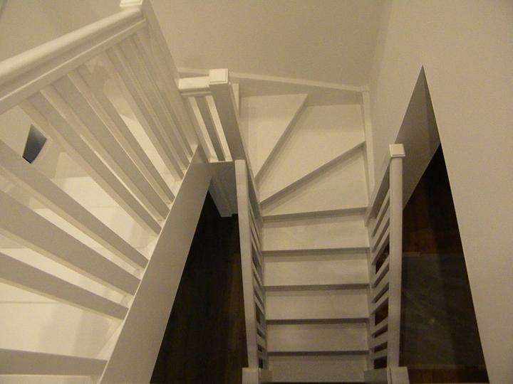 Drevené schody a zábradlia - Obrázok č. 2