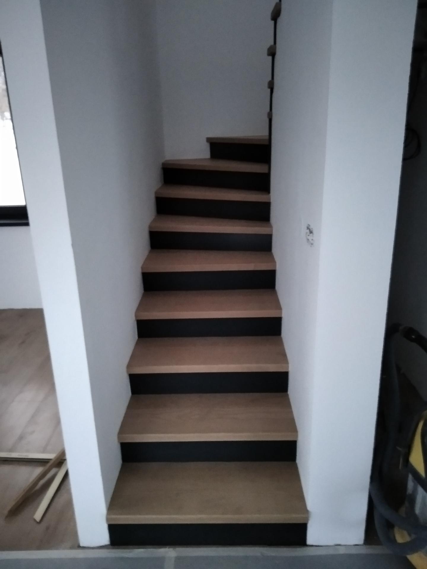 Výroba drevených schodov, pozri môj profil - Obrázok č. 1
