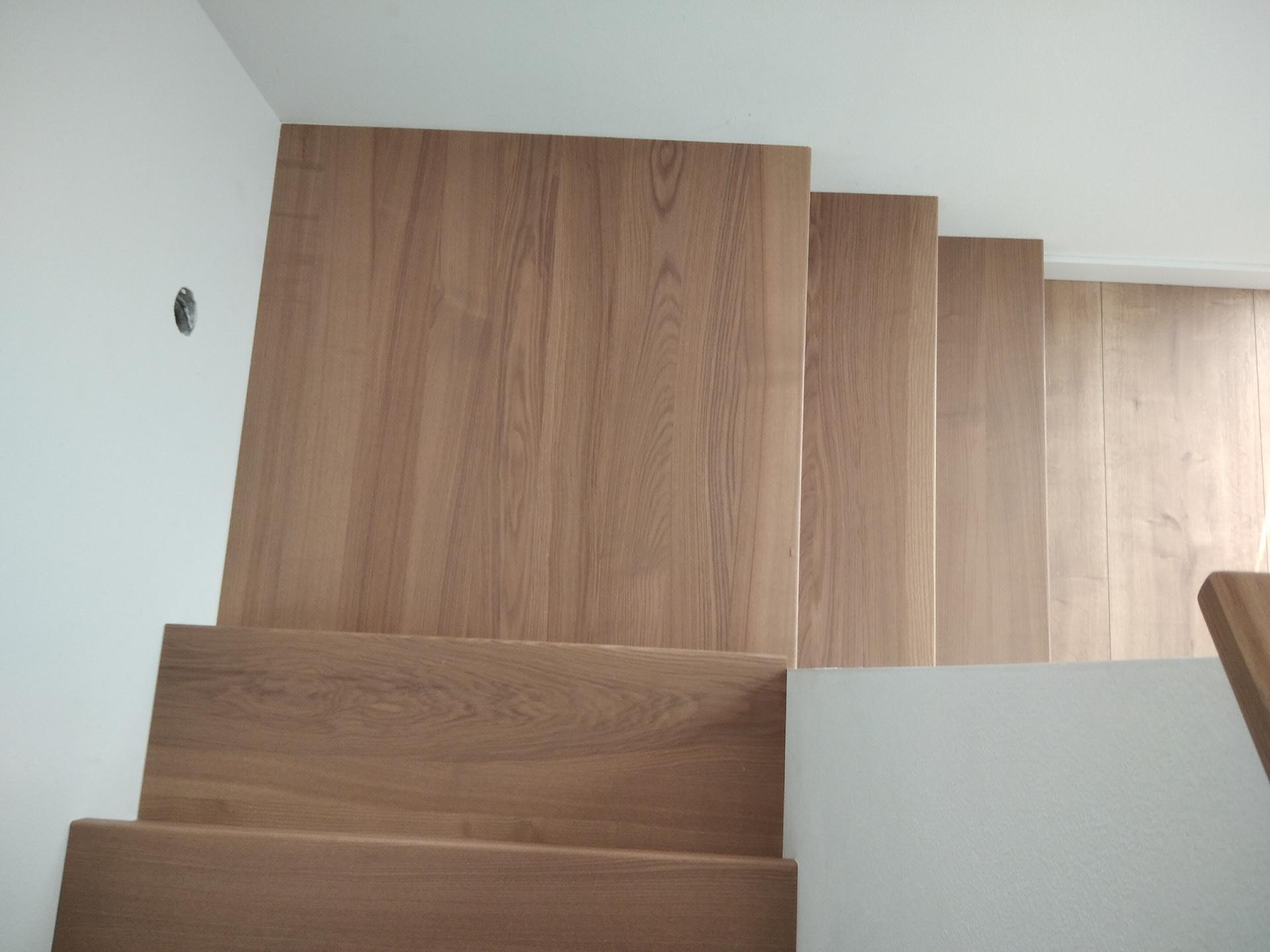výroba drevených schodov a zábradlia na mieru - Obrázok č. 3