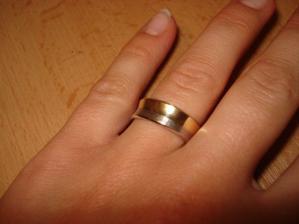 na mojom prstíku...