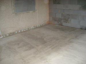 a už je spravená podlaha...