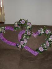 POŽIČIAM srdcia na stenu za mladomanželov, fialkové, iba okresy TO,PE, BN...