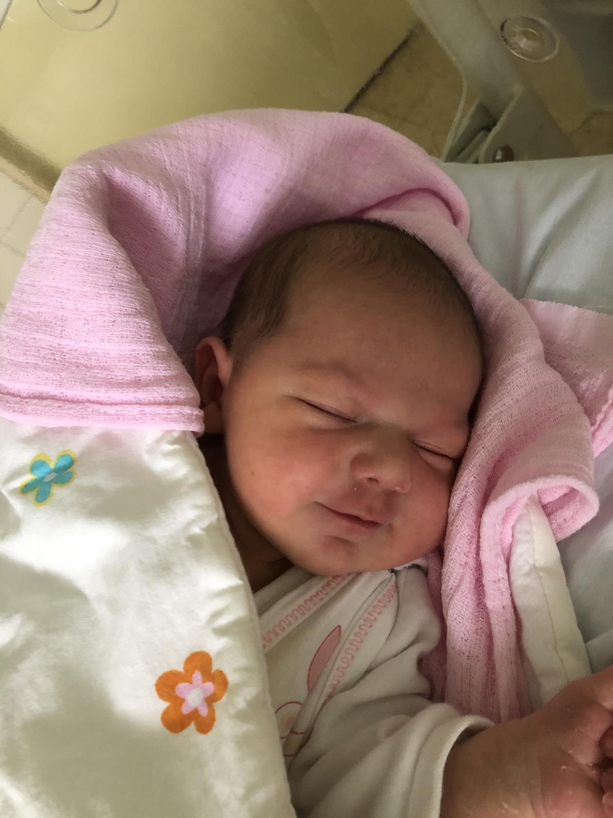 Tereza{{_AND_}}Milan - 14.3.2020 se nám narodila holčička. Už jsme čtyři. 🥰
